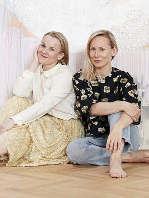 Äitiys yhdistää Tytti-Lotta Ojalaa ja Marina Lönniä. He tekivät aiheesta yhdessä myös kirjan,