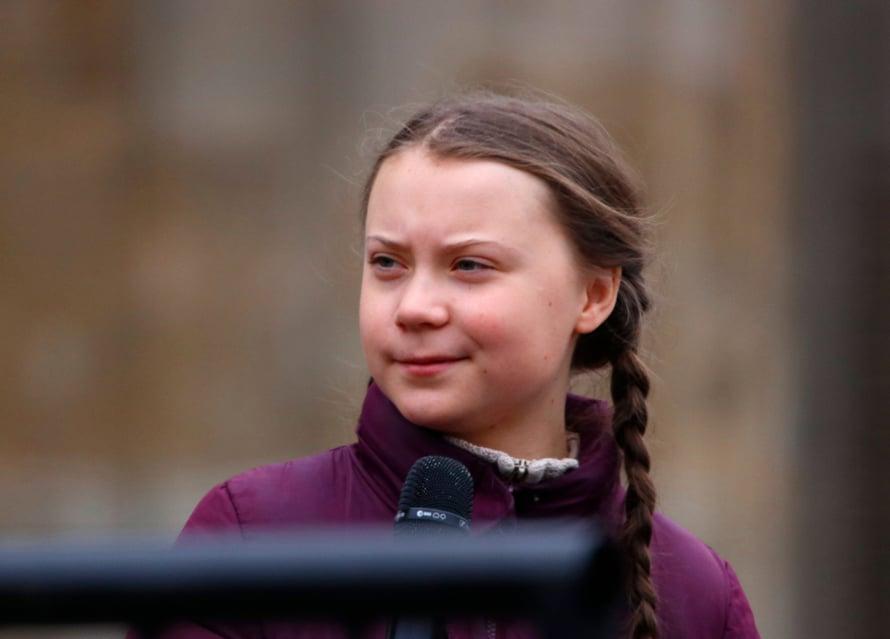 Ruotsalainen Greta Thunberg on 16-vuotias ilmastoaktivisti, joka tunnetaan kampanjastaan ilmastonmuutoksen estämiseksi.