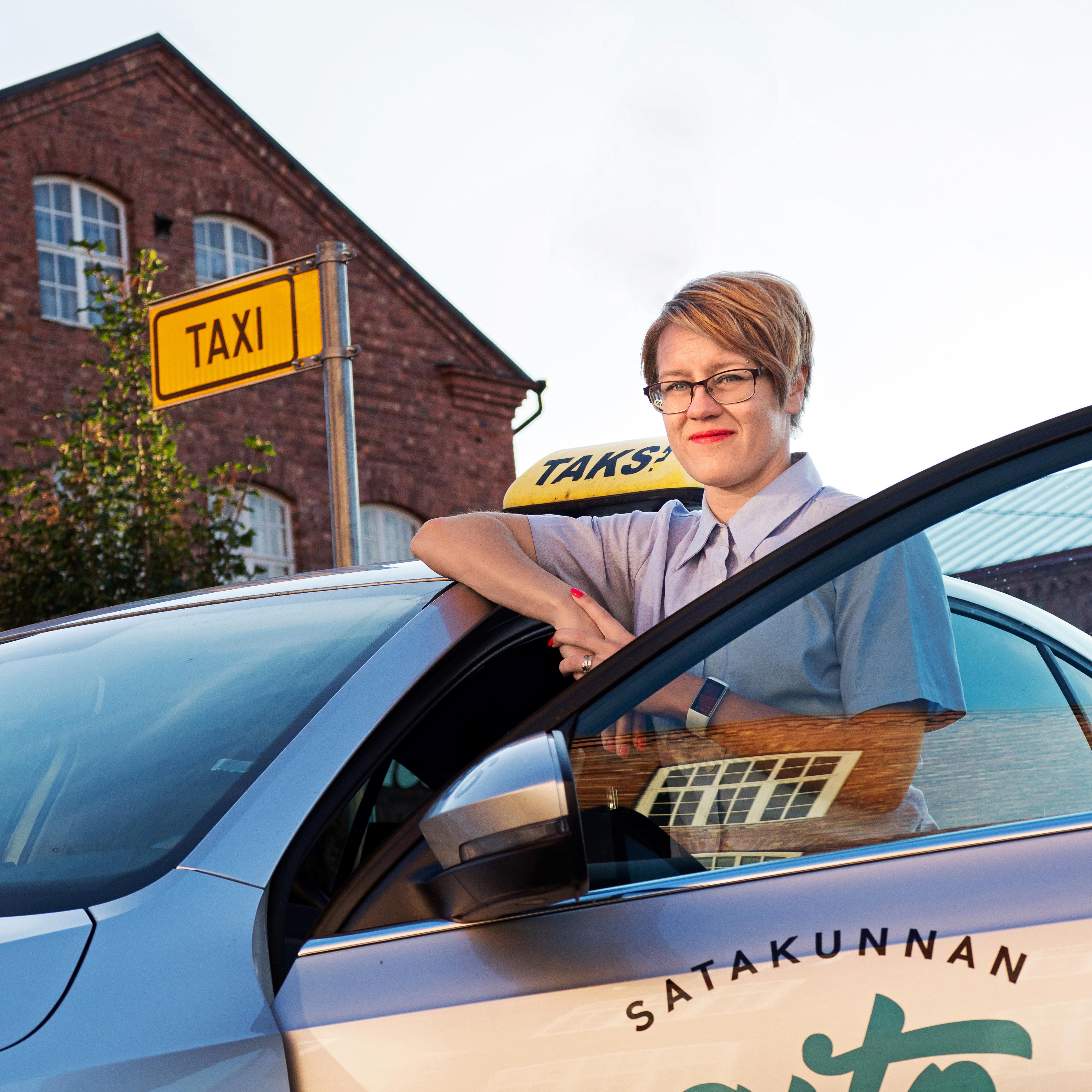 Taksikuski Palkka