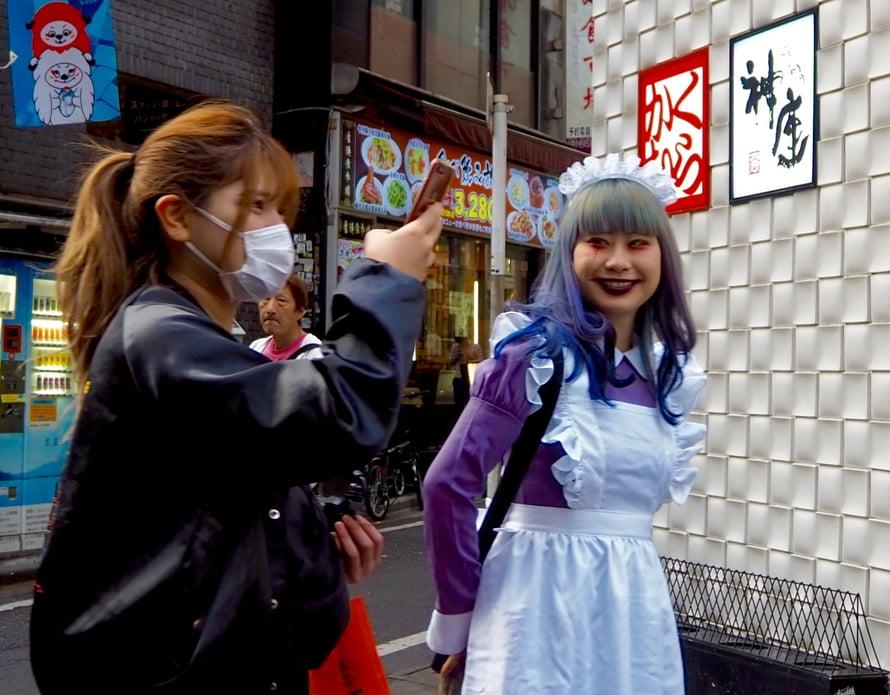 Sisäkköasuja näki ehkä eniten Shibuyan Halloweenissa.