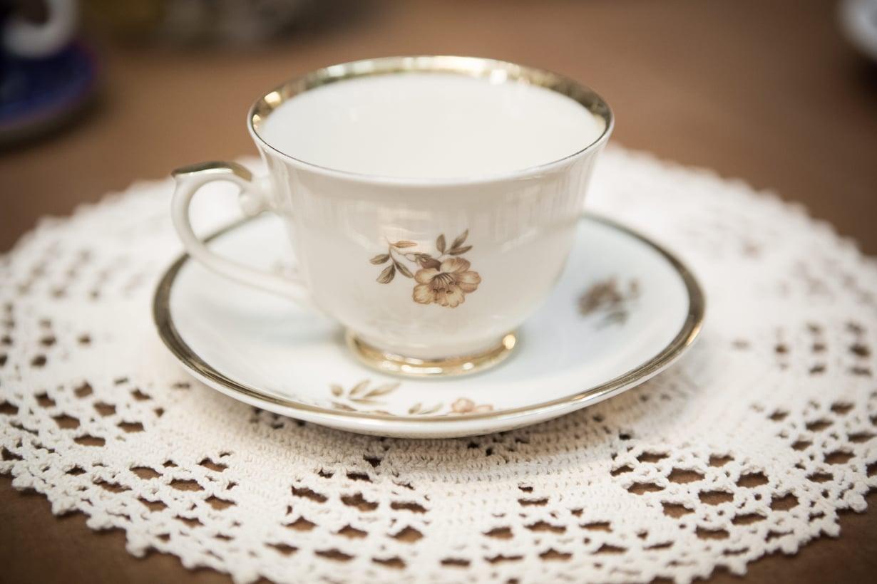 Sumpinjuonnin rakenne on muuttunut, kun mummon perintökipot ovat vaihtuneet take away -kahviin.