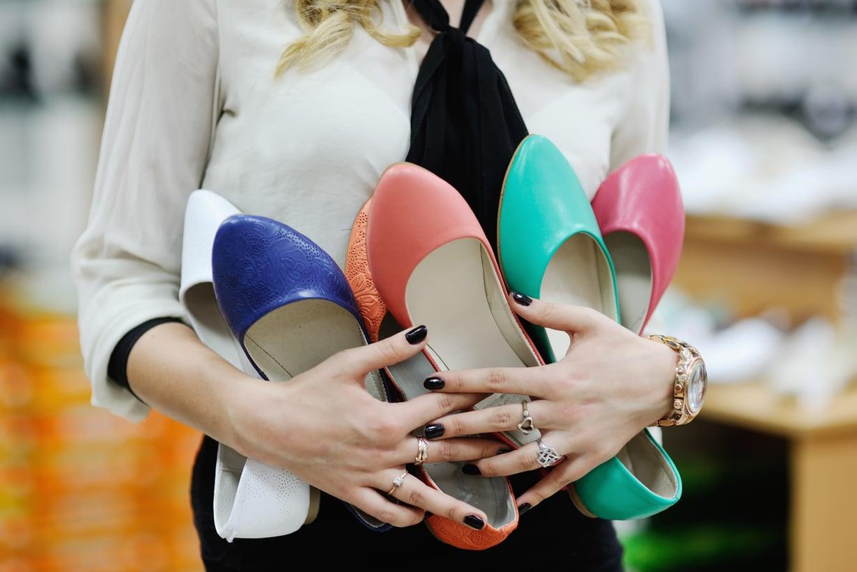 Sijoituskohde kannattaa valita oman kiinnostuksen mukaan. Ehkä kenkärakkauden voi siis kääntää sijoitajanvaistoksi? Kuva: Shutterstock