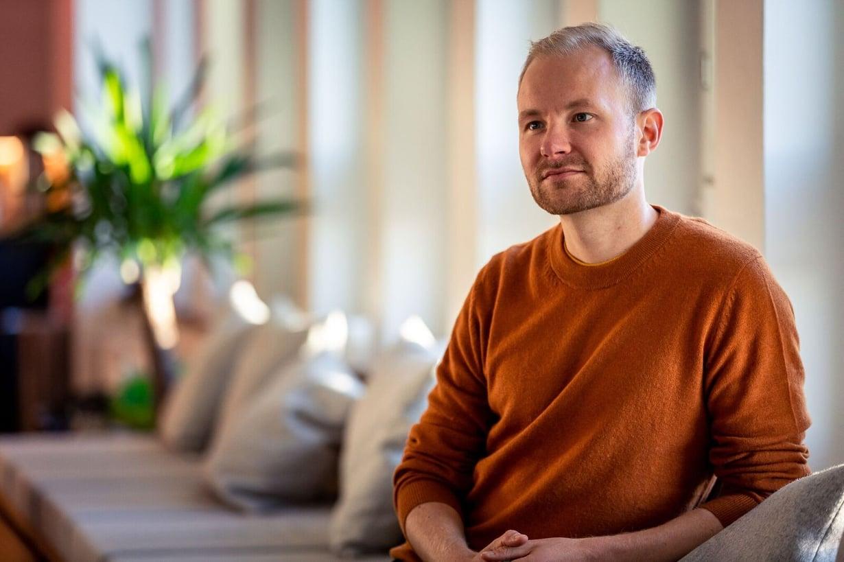 Jasu Koponen toivoo ehkäisevänsä itsemurhia kurssinsa avulla. Kuva: Lifeclass