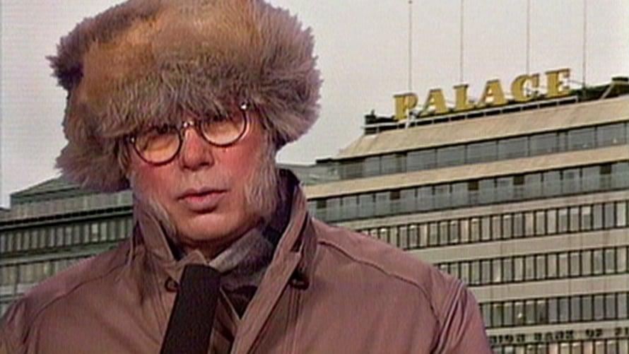 Iltalypsyn erikoistoimittaja Aimo Surakka (Jorma Pilke). Kuva: Ylen kuvapalvelu