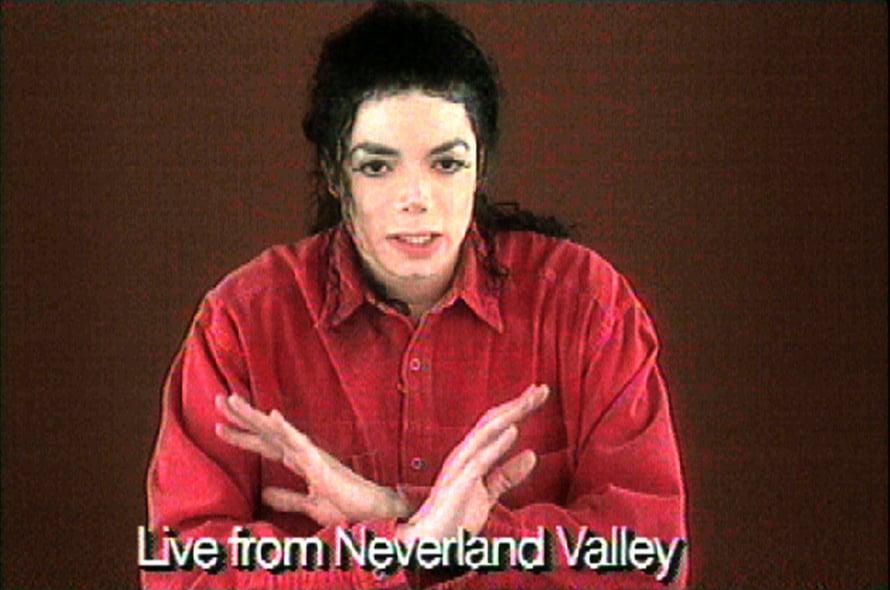 Michael Jackson kiisti häntä kohtaan esitetyt väitteet suorassa tv-lähetyksessä vuonna 1993. Kuva: Reuters