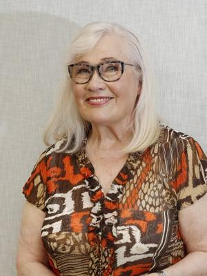 Maija-Liisa Peuhu on näytellyt Ulla Taalasmaata Salatuissa elämissä läpi koko sarjan.