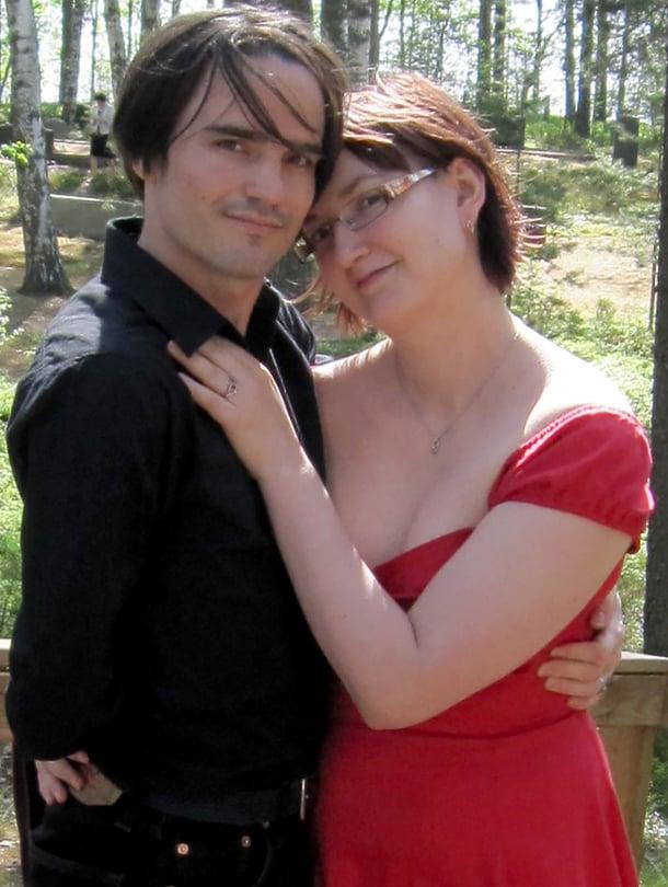 Tiina ja Richard van der Waltin peliystävyys kasvoi rakkaudeksi.