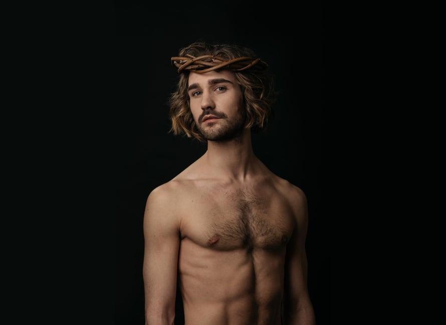 """""""Jeesuksen rooli on iso. Eniten siinä jännittää, että se on niin universaali"""", sanoo Eric Barco. Kuva: Sakari Röyskö"""