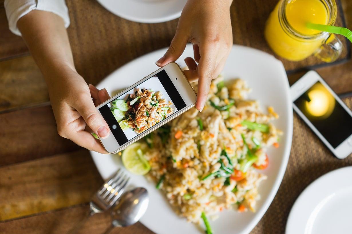 Ravintosovellukset palvelevat etenkin viitseliästä ruokien kirjaajaa. Kuva: Shutterstock.
