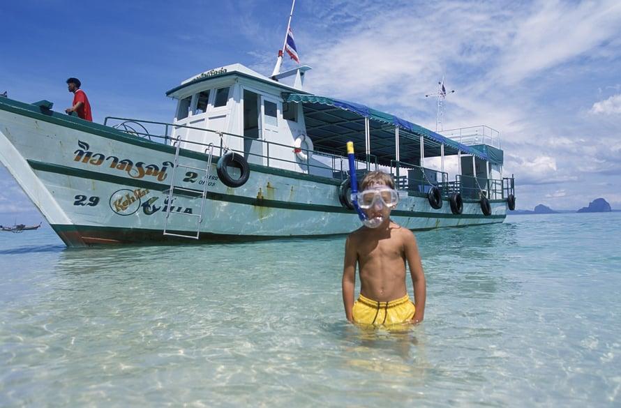 Koh Hain kirkasvetiset rannat houkuttelevat snorklaamaan.